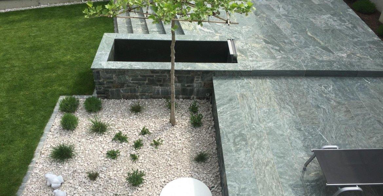 fliesen f r terrasse feinsteinzeug bernit fliesen naturstein salzburg wien strasswalchen. Black Bedroom Furniture Sets. Home Design Ideas