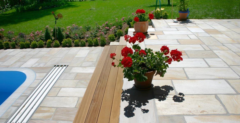 Naturstein Und Keramikplatten Fur Pool Outdoor Bernit Fliesen