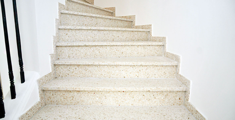 Stufenplatten Terrazzo Botticino Bernit Fliesen Naturstein